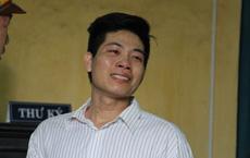 Nam thanh niên đâm người yêu 22 nhát dao khóc nức nở khi lãnh án tử hình