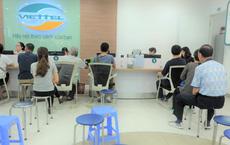 Các văn phòng Viettel Hà Nội vắng vẻ trong ngày đầu lùi hạn bổ sung thông tin thuê bao