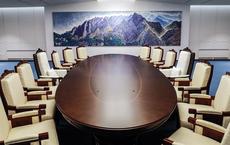 """Hé lộ hình ảnh phòng họp Thượng đỉnh liên Triều: Ông Kim và ông Moon sẽ """"đi chung một lối"""""""