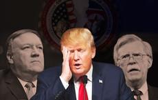 """Cuộc """"hỗn chiến"""" thầm lặng ở Washington: TT Trump hủy thượng đỉnh, mắc kẹt giữa 2 cố vấn"""