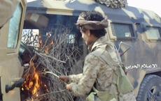 Quân đội Saudi gặp thảm họa ở gần biên giới Yemen, bị Houthi bao vây trong biển lửa