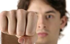 Bạn là người thế nào, yêu đương ra sao, hãy cho tôi xem cách nắm tay của bạn