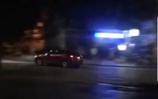 Tạm giữ tài xế xe Mazda rú ga nhiều vòng quanh Hồ Gươm gây náo loạn