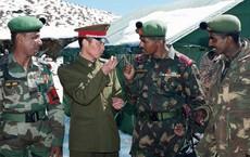 Trung Quốc bất ngờ 'làm thân' với Ấn Độ: Bắc Kinh không thể để tranh chấp Doklam tái diễn