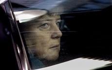 """Bà Merkel: """"50 năm trước, cha mẹ tôi bàng hoàng đến chết lặng trước bức tường Berlin"""""""