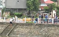 Bão tan, phát hiện thi thể người đàn ông nổi trên kênh ở Nghệ An