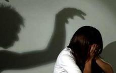 Cô gái bị nam thanh niên dùng dao khống chế hiếp dâm, cướp tài sản