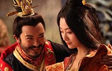 Bi hài chuyện phòng the của hoàng đế Trung Hoa: Muốn chọn ai phải được hoàng hậu đồng ý, lúc hành sự có thái giám đứng gần theo dõi