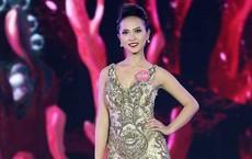 """Người đẹp có dáng đi """"kỳ cục"""" tại Chung khảo miền Bắc Hoa hậu Việt Nam 2018 là ai?"""