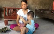 Mẹ bé 18 tháng tuổi bỗng dưng nhiễm HIV ở Phú Thọ: Giờ nhìn con thương mà không thể làm gì!