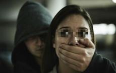 Bắt cóc, cưỡng hiếp tiếp viên quán rượu, tên tội phạm lẩn trốn hơn 2 thập kỷ nhưng cuối cùng chịu đầu thú vì lý do không ai ngờ tới