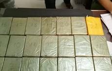 Người phụ nữ giấu 22 bánh heroin trong hàng hóa từ Lào về Việt Nam