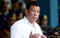 TT Duterte bất ngờ nặng lời với TQ: Không thể cứ xây đảo rồi nói không phận đó là của mình