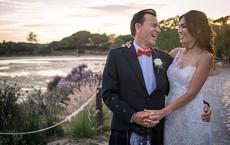 2 năm sau cưới, cuộc sống của chân dài xinh đẹp được đại gia hơn 31 tuổi trao nhẫn kim cương 2.000 tỷ giờ ra sao?