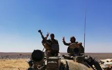 """Quân đội Syria nghiền nát IS tập kích mở đường máu tại """"nồi hầm"""" Sweida"""