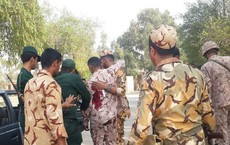 Iran: Khủng bố mặc quân phục trà trộn vào lễ duyệt binh, xả súng gây thương vong