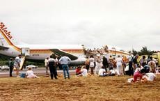 Máy bay chở khách tốc mái khi bay trên Thái Bình Dương vẫn hạ cánh an toàn