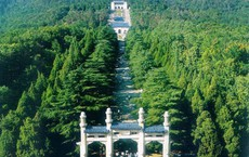 Xuống lăng mộ bí ẩn và vĩ đại nhất thế giới, chứa hàng ngàn tấn báu vật