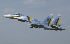 Tiêm kích Su-27 Ukraine rơi khi hạ cánh, phi công thiệt mạng