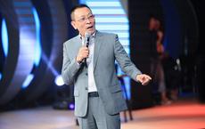MC Lại Văn Sâm bất ngờ đòi hôn diễn viên Thúy Ngân