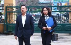 Vụ án chạy thận: Tòa hỏi có phải 'bán thầu' không - luật sư nói 'nếu vậy thì cả nước bán thầu'