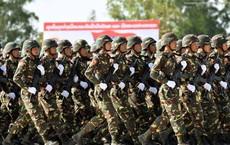 """Kiêu hãnh - Tự hào: Vũ khí """"Made in Vietnam"""" sánh cùng Nga, TQ trong Duyệt binh ở Lào"""