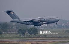 """[NÓNG] Gấp rút chuẩn bị thượng đỉnh, vận tải cơ C-17 của Không quân Mỹ """"đổ bộ"""" sân bay Nội Bài"""
