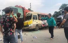Hà Nội: Tai nạn liên hoàn giữa 3 ô tô và 1 xe máy khiến 2 người tử vong