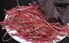 Lợi và hại của món thịt trâu gác bếp: Người có những bệnh này không nên ăn