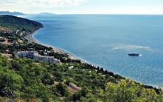 """Nửa thập kỉ sau ngày sáp nhập Crimea, Nga vẫn tiếp tục """"ngậm trái đắng"""": Đáng hay không?"""