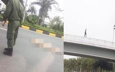 Cô gái người nước ngoài rơi từ cầu vượt xuống đường trong tình trạng khoả thân