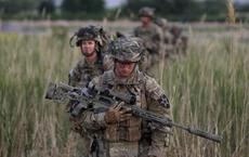 NÓNG: Lọt ổ phục kích, lính Mỹ thương vong lớn tại Afghanistan - Nhiều giấy báo tử