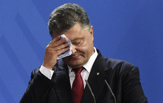 """Từng suýt trở thành """"đồng nghiệp"""" với ông Putin, vì sao ông Poroshenko bị đánh trượt vào phút chót?"""