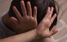 Vụ thầy giáo bị tố dâm ô 5 học sinh tiểu học, Chủ tịch xã nói: Anh ta thừa nhận hành vi