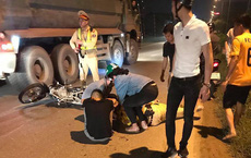 Đang xử lý xe vi phạm, Thiếu tá CSGT bị thanh niên niên đi xe máy đâm gục