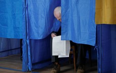 Tuồng hay, kịch dở ở Ukraine: Cuộc bầu cử thú vị nhưng không trả lời được về tương lai đất nước