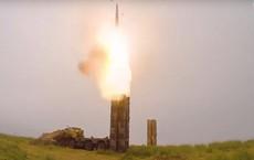 """Tên lửa S-300 Nga hùng dũng bảo vệ cả Iran và Venezuela: Mỹ """"chưa đánh ra run""""?"""