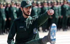 """""""Những cánh tay thần chết"""" Iran sẽ tấn công Mỹ theo cách tàn khốc nhất!"""