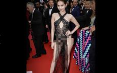 """Người Pháp nhận xét về Ngọc Trinh: """"Nên cấm những cô gái này trên thảm đỏ LHP Cannes"""""""