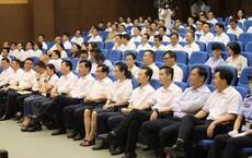 Dân kiện quan ở TQ: Thị trưởng tranh luận trước toà, hơn 90 quan chức các cấp ngồi nghe