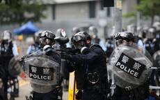 """Nghi vấn bệnh viện Hong Kong """"đánh dấu"""" người biểu tình đến chữa trị để cảnh sát bắt tại chỗ"""