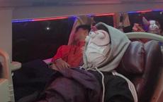 """Chỉ là nằm ngủ nhưng chàng trai trẻ cũng nổi tiếng khắp MXH nhờ món phụ kiện khiến ai trông thấy cũng """"ngất lịm"""""""