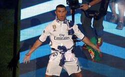 """Ronaldo """"trình làng"""" kiểu tóc chưa từng thấy; fan Real nêm kín đường phố Madrid"""