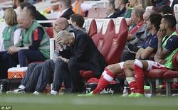 """Trượt top 4, Wenger vẫn muốn """"bám trụ"""" tới cùng ở Arsenal"""
