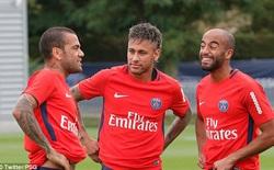 Neymar thể hiện khác thường trong buổi tập đầu với PSG
