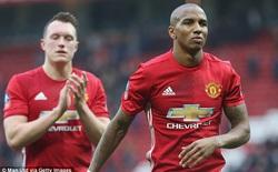 """Dưới tay Mourinho, """"thánh của mùa chuyển nhượng"""" cũng phải cầu xin ra đi"""