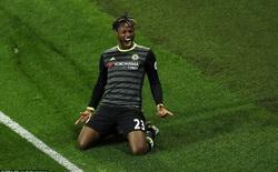 """Thắng """"hiểm"""" kiểu Conte, Chelsea chính thức thành nhà vô địch Premier League"""