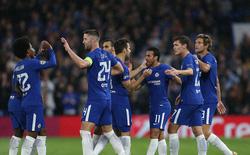 """Ghi 6 bàn trên Stamford Bridge, Chelsea """"vùi dập"""" vị khách xa lạ"""