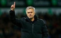 """Dù thi đấu kém cỏi thế nào, Man United vẫn """"vô đối""""!"""