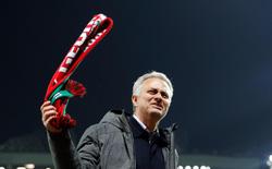 Jose Mourinho: Người phán xử hay kẻ bị phán xử?